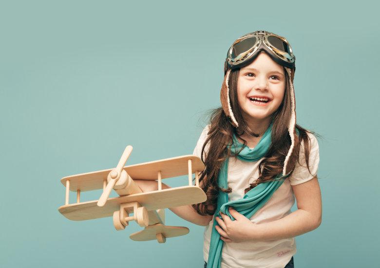 I djevojčice se mogu igrati bagerom, samo im ga treba ponuditi