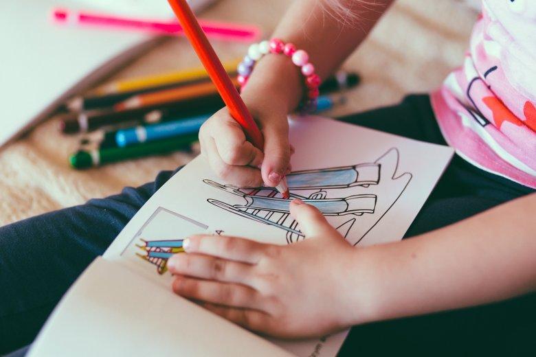 Svako dijete treba bojanku! Kroz bojanje se povećava koncentracija i razvija kreativnost